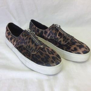 Bamboo Shoe Flat Leopard Print Slide On Zip Up 8.5